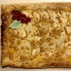 CocaLoca navideña de piña y manzana con turrón de jijona