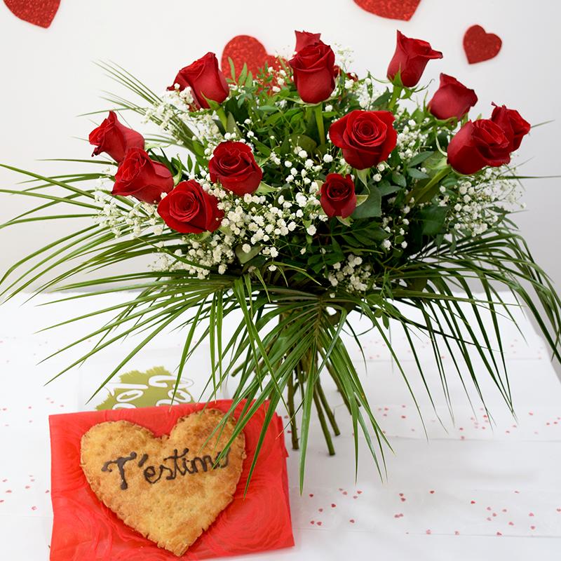 Per Sant Valentí Cor de Pasta de full amb Ram de Roses Vermelles